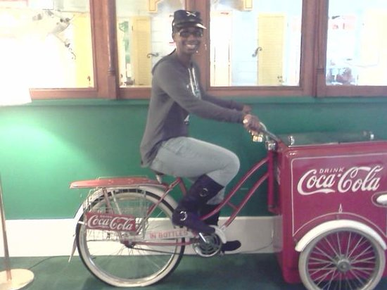 Grand Hotel: Stationary cycling on the Coca Cola