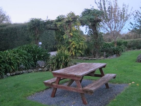 Dylans Country Cottages : The gardens