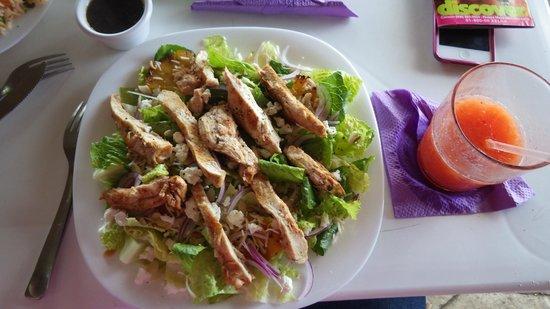Restaurant Latitude 20: Latitude 20 salad