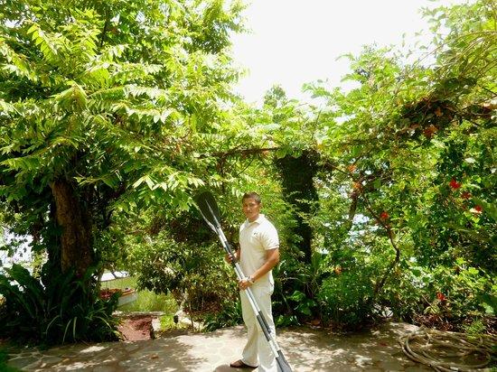 Zopango Island: Eric-tour guide and aquatics director