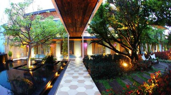 Hotel Bo: Garden