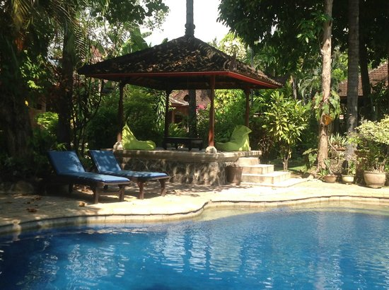 Rambutan Boutique Hotel: Front Pool near reception