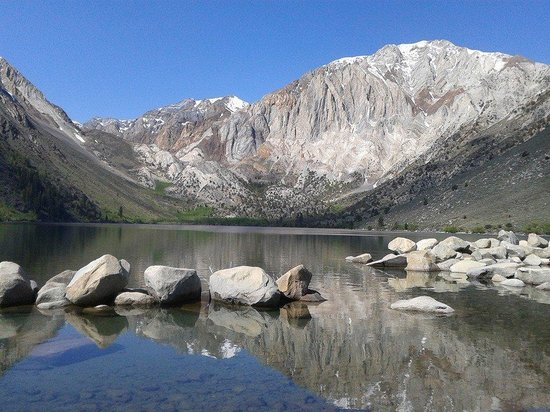 Sierra Nevada Resort & Spa: convict lake
