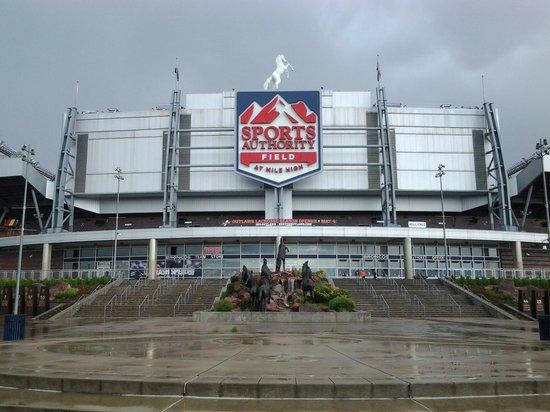 Quality Inn Central Denver: Sports Authority- Denver Broncos