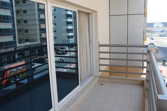 Rose Garden Hotel Apartments - Al Barsha: Quarto Triplo - Sacada