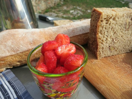 La Parare : Amazing breakfasts, homemade breads and jams