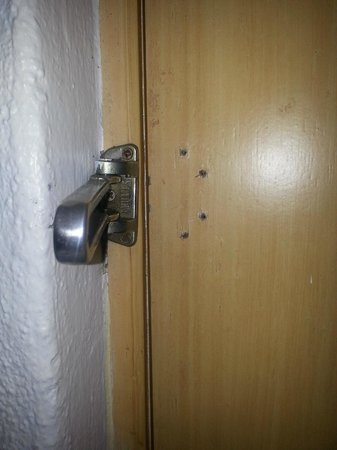 Casa Iguana Hotel: door lock