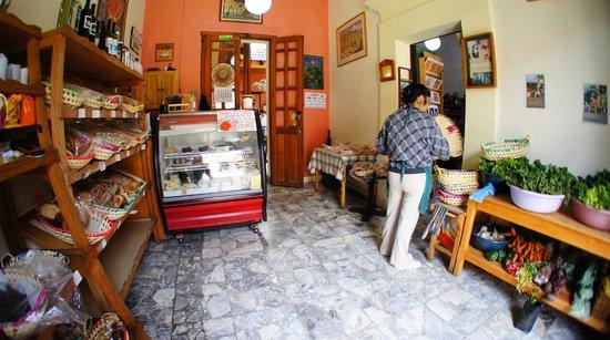 La Casa del Pan: Organic food store