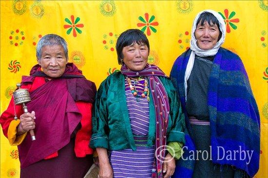 Monk Art Photography Gallery: Festival Ladies