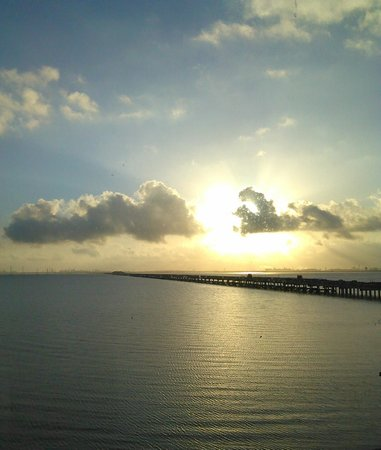 Holiday Inn Express Hotel & Suites Port Lavaca : View of the Bay