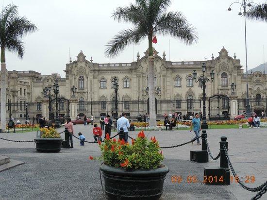 Centro histórico de Lima: Plaza de Armas