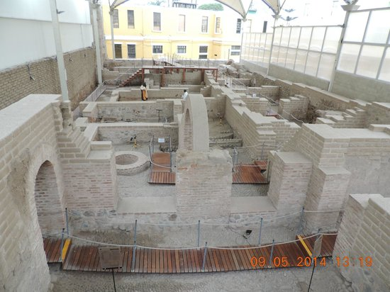 Centro histórico de Lima: Sitio Arqueológico