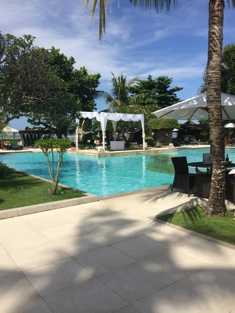 Peninsula Beach Resort Tanjung Benoa: Preparing for a Wedding