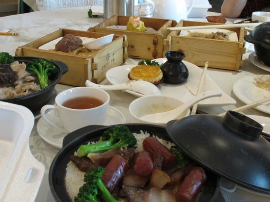 Paramount Chinese Cuisine: A lot of Selections