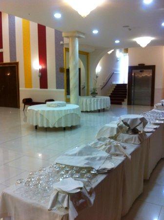Zanhotel & Meeting Centergross : sala interna