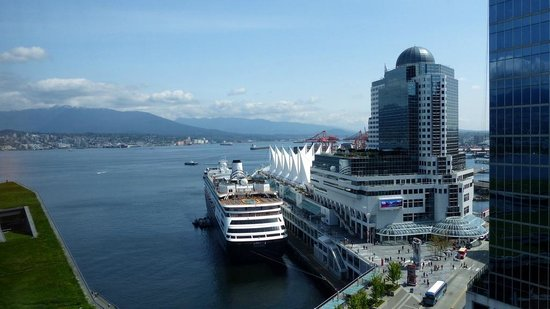Fairmont Pacific Rim: Signature Harbor View Room - View from our room