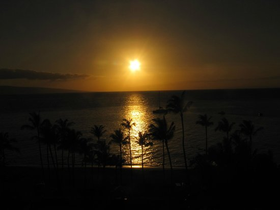 The Westin Maui Resort & Spa: Sunset from the balcony