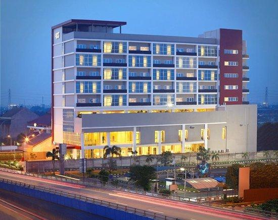 Hotel Santika Cikarang