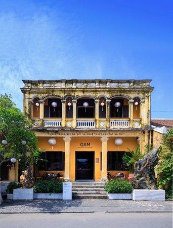 GAM Gemstone Art Museum & Winebar : facade