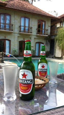 Hotel Villa-Ubud: Bintang by the pool