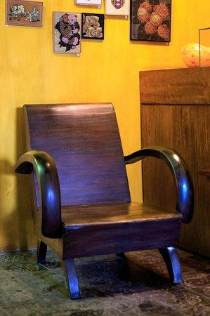 GAM Gemstone Art Museum & Winebar: relaxing corner