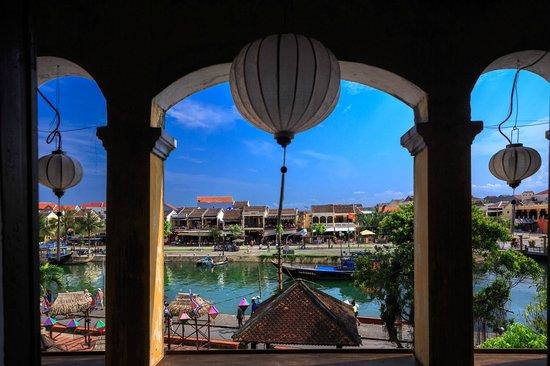GAM Gemstone Art Museum & Winebar: view from balcony