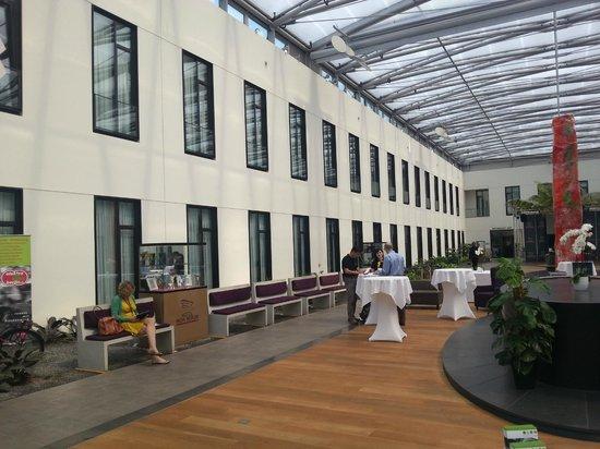 Mercure Hotel MOA Berlin : Eine funktionelle Hotelhalle
