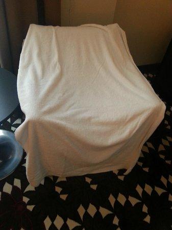 Mercure Hotel MOA Berlin: Das ist mein riesiges Duschhandtuch - sagenhaft, trocknet und kuschelig