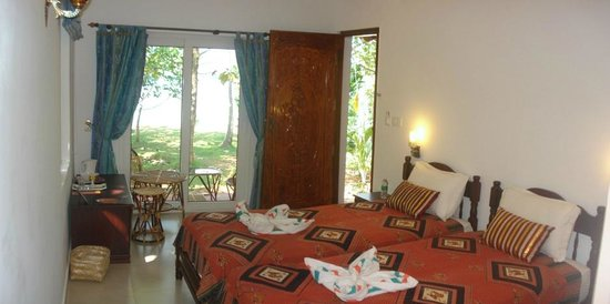 Vishram Village: Double room lake side