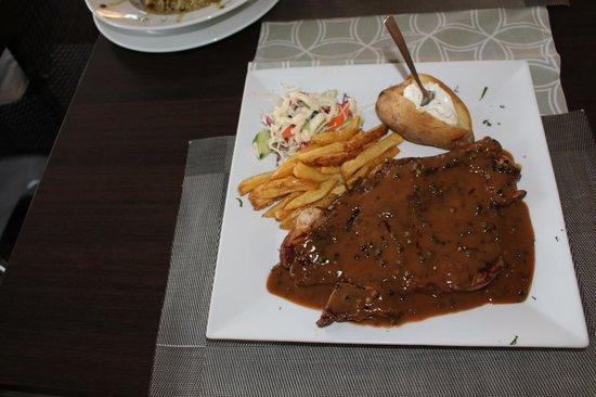 Ambrosia: t-bon steak with pepper sause