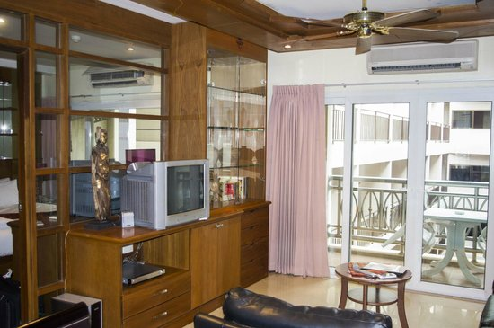 Whitehouse Condotel: One bedroom suite