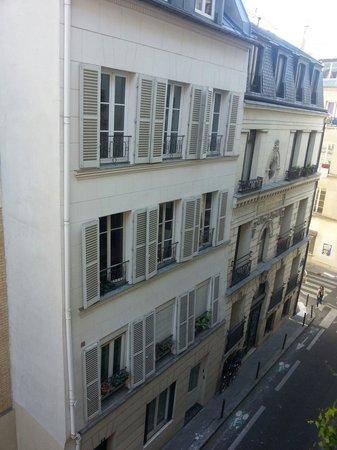 Hotel Des Boulevards : Dalla finestra della mia stanza
