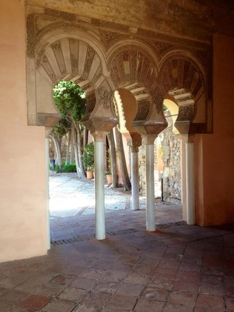 Alcazaba: Tranquil and beautiful place