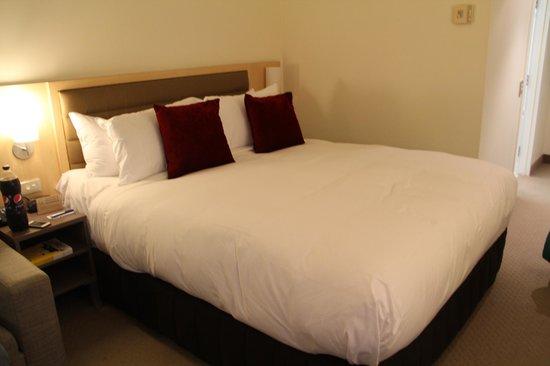 Novotel Rotorua Lakeside: Comfortable bed