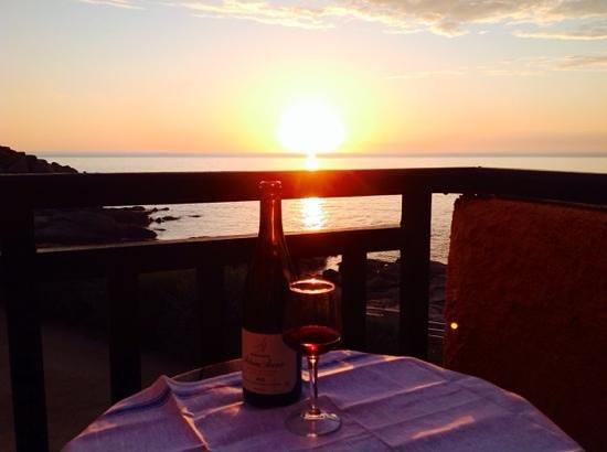 Club Med Sant'Ambroggio : chambre 413, coucher de soleil