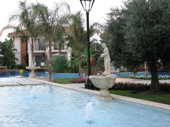 Ela Quality Resort Belek: отель