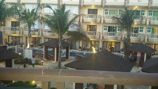 Henann Garden Resort: Pool
