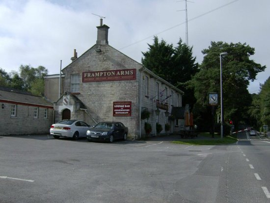 The Frampton Arms: side entrance