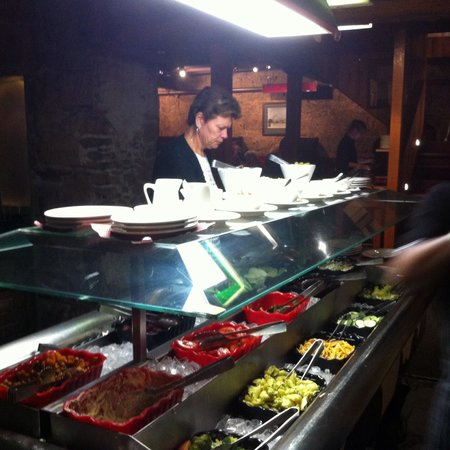 Ball and Chain Grill : Free flow salad from the salad bar with all mains ordered