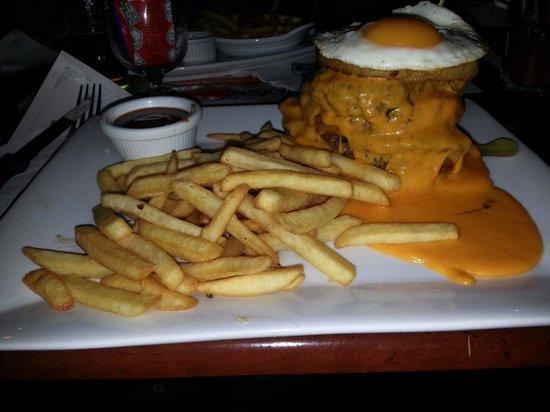 Les 3 Brasseurs: Un giga Burger de qualité :-)