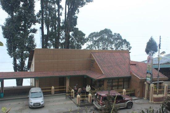 Kurseong Tourist Lodge : outside