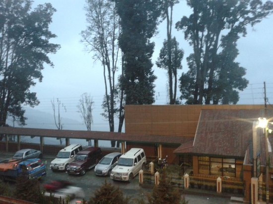 Kurseong Tourist Lodge : from outside