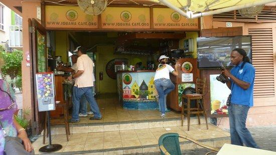 Iguana Cafe : Iguana Coffee station and till