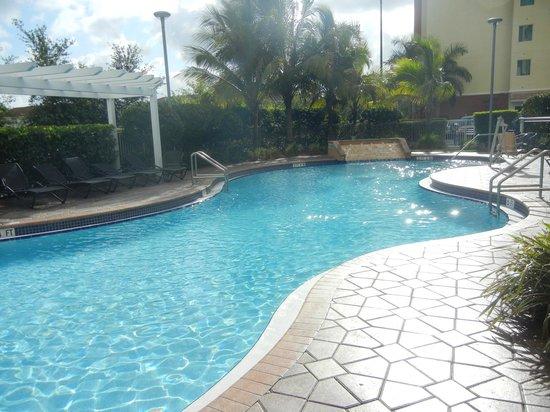 Hampton Inn & Suites Miami-South-Homestead: Pool