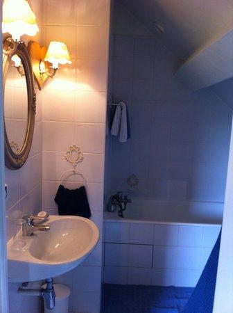 Chateau de Messey : Salle de bain