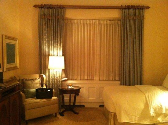 The Pierre, A Taj Hotel, New York : ターンダウン後の部屋
