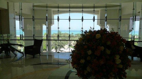 The St. Regis Saadiyat Island Resort: Reception