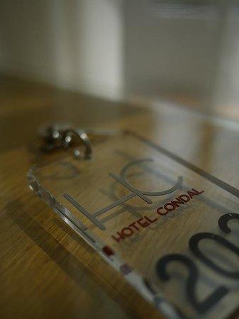 Condal: ключи на ресепшене сдаем...