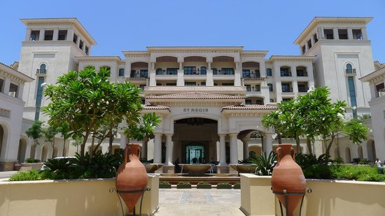 The St. Regis Saadiyat Island Resort: hotel front