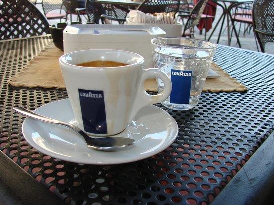 Mokita: Caffe Lungo...nice !!!!